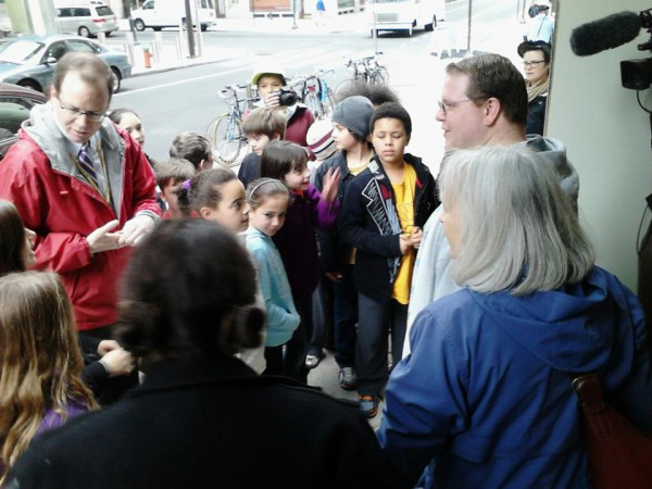 Dustin White and Jane Branham explaining mountaintop removal to a group of 4th graders outside the EPA Dist 3 office in Philadelphia. Photo by Louis Martin