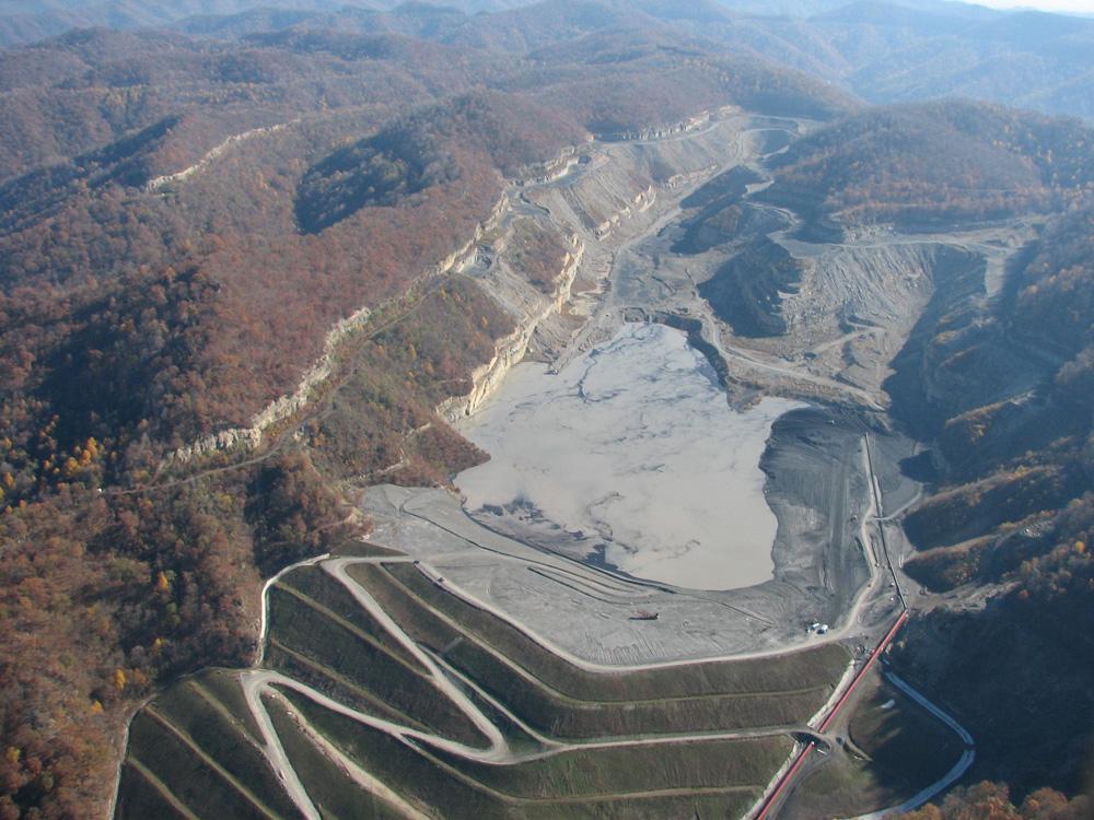 Oroville Dam Dredges Up Coal Sludge Dam Worries